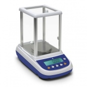 Precision Balance with Internal Calibration